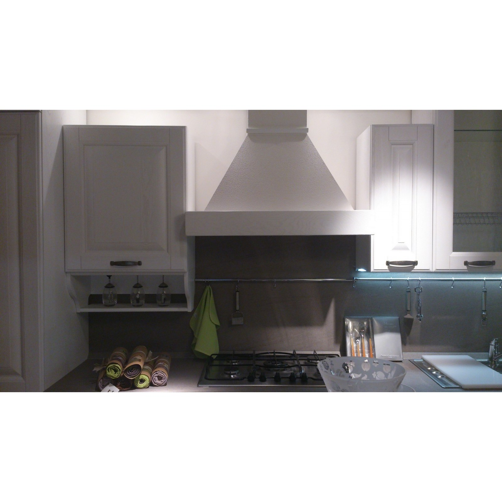 Cucina paola decap la casa moderna mariotti casa for La cucina moderna wikipedia