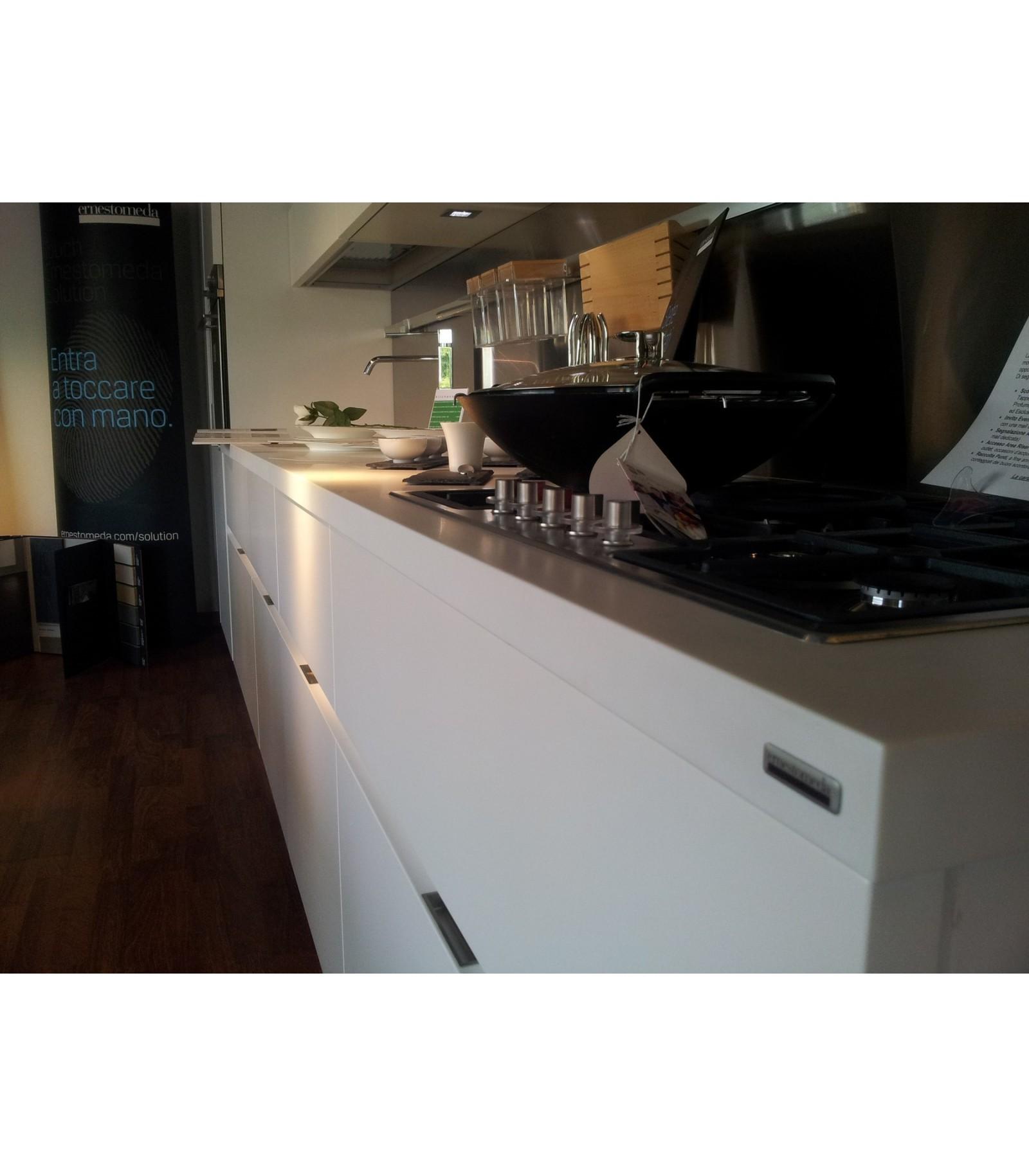 Best cucine ernestomeda outlet gallery acrylicgiftware - Divani lago opinioni ...