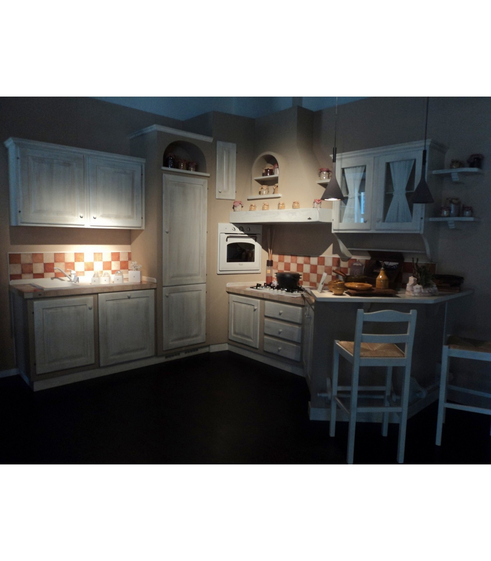 Cucine country outlet elegant cucine lube outlet with for Cucine in outlet